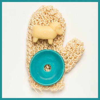 Manusa de baie Aloe Sisal insotita de sapun cremos si savoniera ceramica, Forster's Natural Products