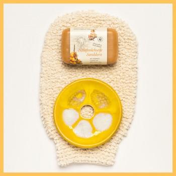 Manusa din bumbac organic insotita de sapunul cremos cu catina si savoniera ceramica, Forster's Natural Products